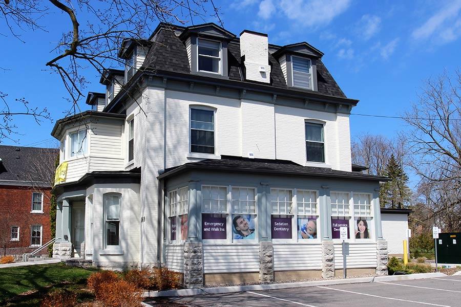 Hedgewood House Dental Clinic Side